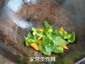 杏鲍菇炒胡萝卜的做法步骤:6