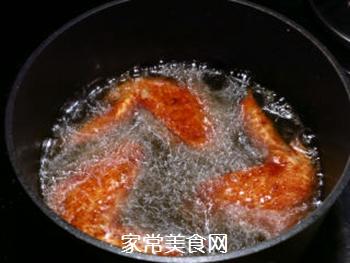 新奥尔良味炸鸡翅的做法步骤:7