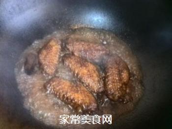 红烧鸡翅的做法步骤:9
