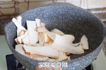 菌菇汤面的做法步骤:6
