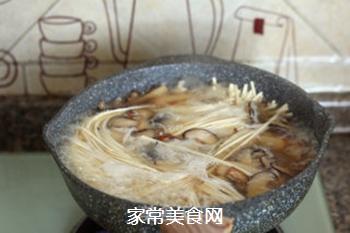 菌菇汤面的做法步骤:13
