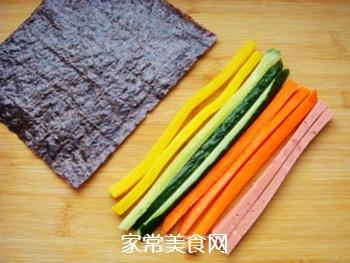 紫薯花瓣寿司的做法步骤:5