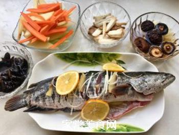 泰式锡纸烤黑鱼的做法步骤:1