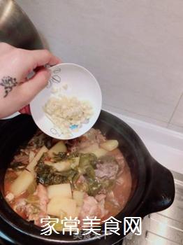 红烧土豆排骨的做法步骤:13