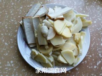 春笋豆干炒回锅肉的做法步骤:5
