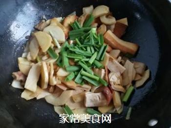 春笋豆干炒回锅肉的做法步骤:11