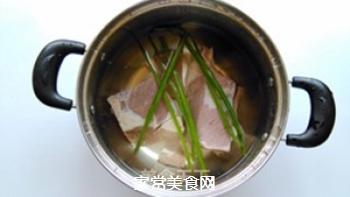 红烧牛肉面的做法步骤:2