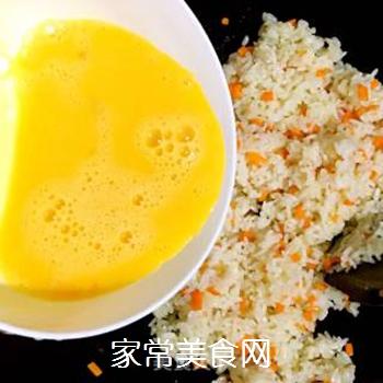 葱油蛋炒饭的做法步骤:9