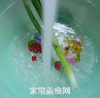 笋尖炒鹅肠的做法步骤:4