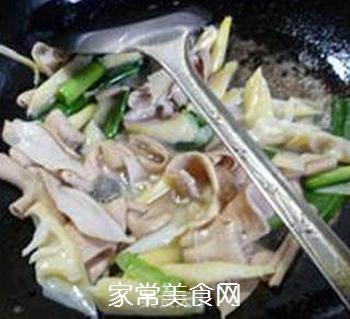 笋尖炒鹅肠的做法步骤:9