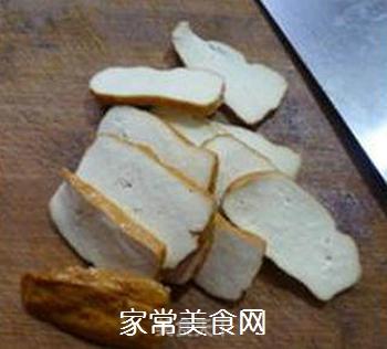 香干圣女果炒鸡胸肉的做法步骤:6