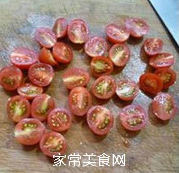 香干圣女果炒鸡胸肉的做法步骤:7