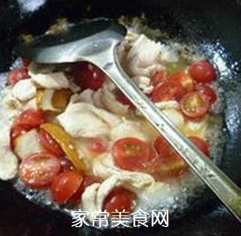 香干圣女果炒鸡胸肉的做法步骤:9