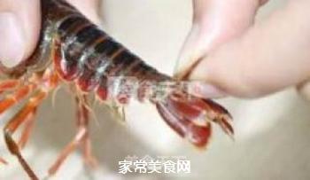 正宗潜江油焖大虾的做法步骤:2