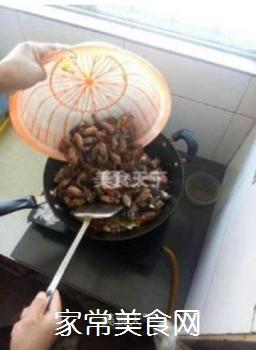 正宗潜江油焖大虾的做法步骤:9