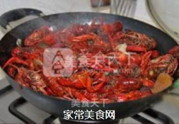 正宗潜江油焖大虾的做法步骤:12