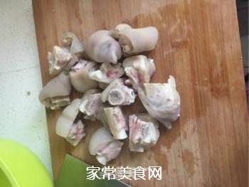 家常红烧猪蹄的做法步骤:5