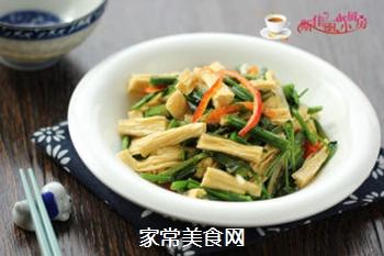 腐竹炒芹菜的做法步骤:7