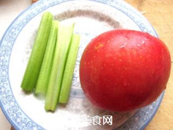 苹果蔬菜汁的做法步骤:2