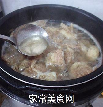 土豆烧牛肉的做法步骤:2