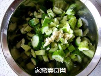 花生米拌黄瓜的做法步骤:5