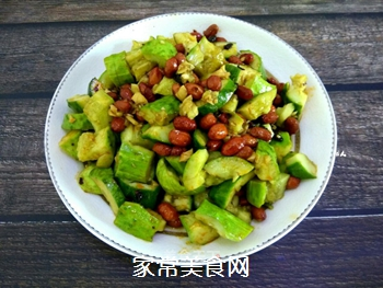 花生米拌黄瓜的做法