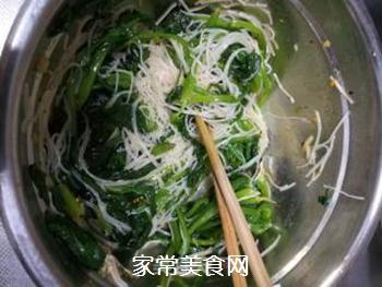 搅拌菠菜粉丝的做法步骤:6