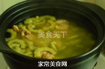 苦瓜黄豆猪骨汤的做法步骤:7