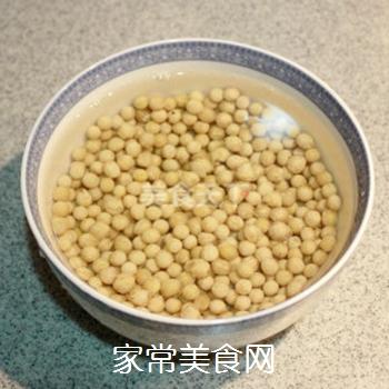 夏日清新美食-----卤煮黄豆的做法步骤:1