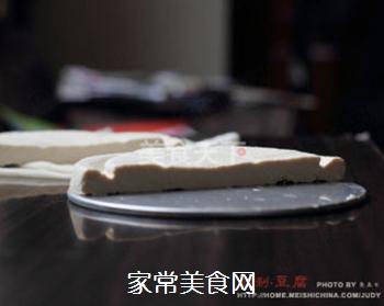 放心豆腐自己做----自制豆腐的做法步骤:19
