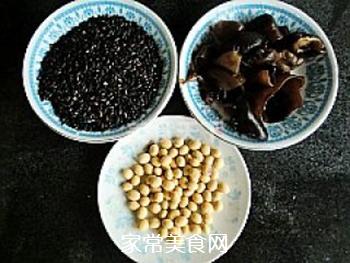强身健体豆浆---双黑米豆浆的做法步骤:1