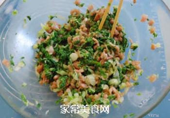 白菜盒子的做法步骤:4