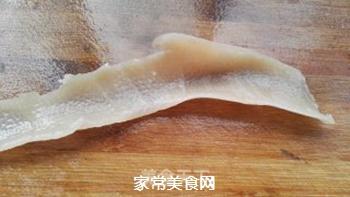 砂锅水晶猪皮冻的做法步骤:3