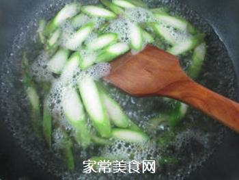蚝油芦笋的做法步骤:4