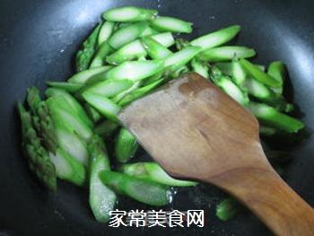蚝油芦笋的做法步骤:5