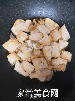 豆腐炒豆芽的家常做法