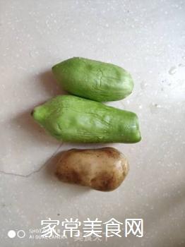 大茄子拌土豆的家常做法