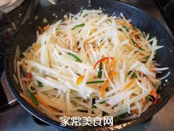 醋溜土豆丝的做法步骤:9