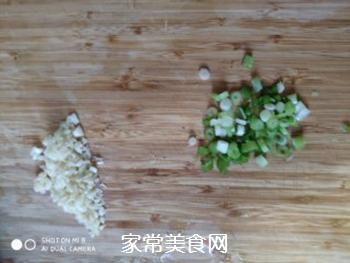 葱油秋葵的做法步骤:3