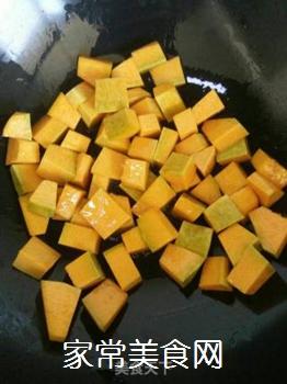 素炒南瓜的做法步骤:2