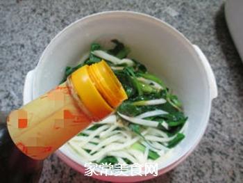 茭白拌鸡毛菜的做法步骤:7