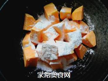霜打薯角的做法步骤:2