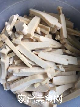 豆干炒韭黄的做法步骤:3