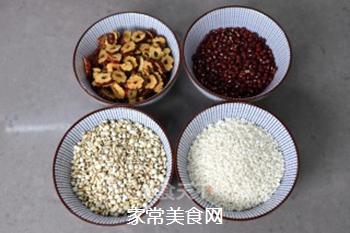 红豆红枣薏米糊的做法步骤:1