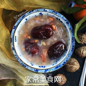 银耳红枣水果粥的做法步骤:9