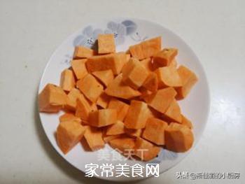 红薯莲子红豆汤的做法步骤:3