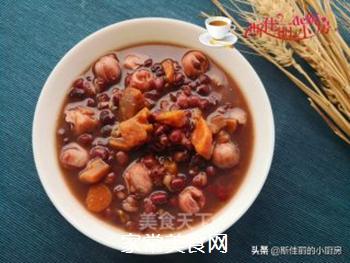 红薯莲子红豆汤的做法步骤:10