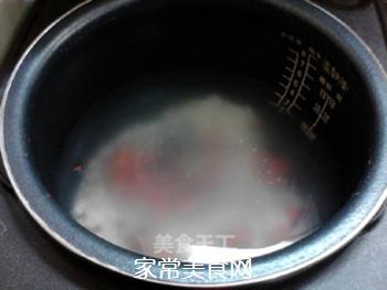 酸甜甘润的陈皮梅花生粥的做法步骤:4