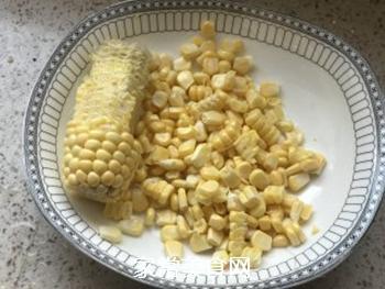 玉米鸡肉肠儿童版的做法步骤:1