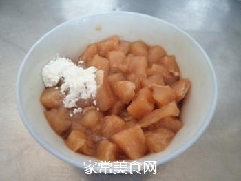 鸡丁玉米的做法步骤:1